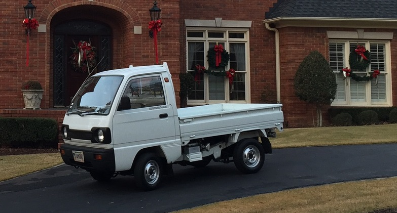 1990 Suzuki Carry Minitruck at Mike's house