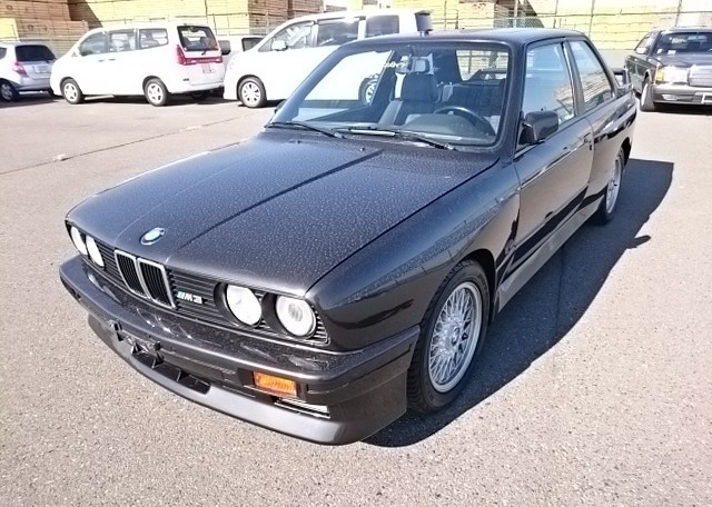 BMW M3: A 1988 BMW E30 M3 exported by Japan Car Direct