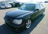 Toyota Crown Athlete exterior view 03