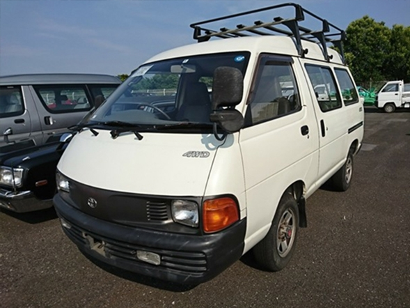 A workman's dream van JDM work van 2000CC engine import from japan