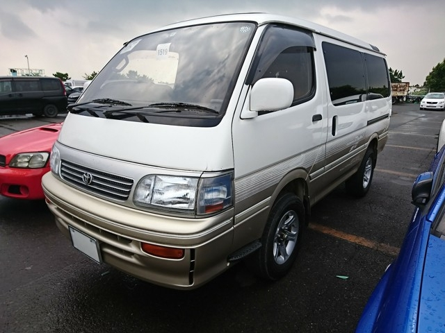Camper van people mover 4wd Four wheel drive