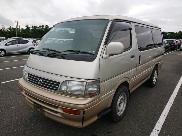 Mini van camper people mover gasoline engine automatic transmission usa import 25 year old rule