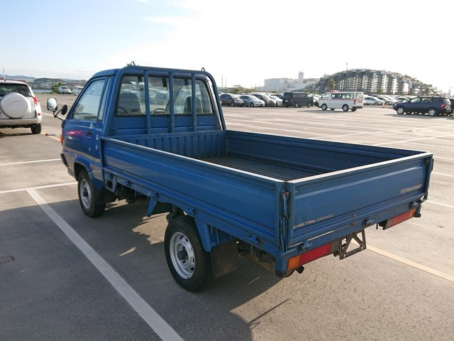 JDM low cost work truck Low mileage Reliable 25 year rule import directly from Japan today