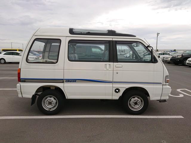 Kei Mini Van Power steering Double Sunroof Low cost Low mileage