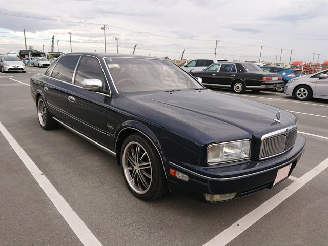 Japanese JDM luxury limousine 4500cc Sedan Import Export USA 25 year rule Directly from dealer auction